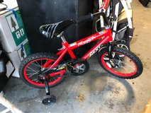 "16"" bike w/training wheels in Warner Robins, Georgia"