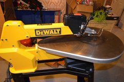 DEWALT DW788 1.3 Amp 20-Inch Variable-Speed Scroll Saw in Okinawa, Japan