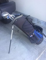 Golf bag and clubs in Chicago, Illinois