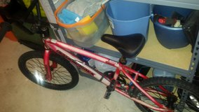 boys Diamond back bike in Quantico, Virginia