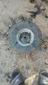 lawn mower tire and rim good condition in Leesville, Louisiana