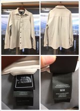 North Face Jacket (Like New, Size M) in Okinawa, Japan