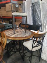 TABLE AND 4 CHAIRS in Cincinnati, Ohio