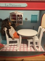 Kidkraft doll table and chairs in Joliet, Illinois