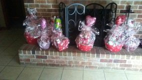 valentines baskets in Leesville, Louisiana