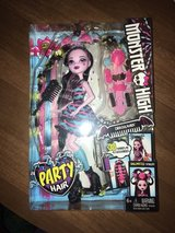 brand new monster high draculaura party hair doll in Wright-Patterson AFB, Ohio