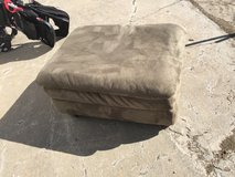 "Green ottoman 36x26"" in Fort Riley, Kansas"