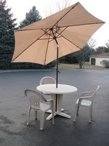 Patio Table w/Umbrella & Chairs in Joliet, Illinois