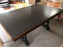 Dining table in Schaumburg, Illinois
