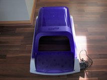 PetSafe Scoop Free Self Cleaning Litter Box - Used Once- Like New in Plainfield, Illinois