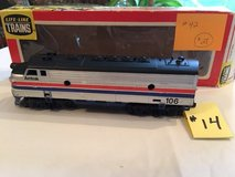 Vintage HO-Scale Amtrak 106 Engine Lot #14 in Chicago, Illinois