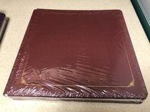 Creative Memories 12 x12 Burgandy Album NEW in Chicago, Illinois