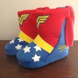 Toddler 7/8 Wonder Woman Slippers in Camp Lejeune, North Carolina