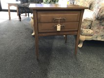 End Table in St. Charles, Illinois