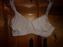R-1 MALINDA NURSING BRA SIZE 36 C - $10 in Fort Hood, Texas