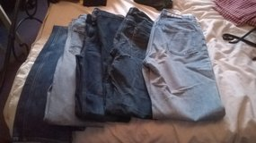 5 pairs of womens jeans size 12/14 in Lakenheath, UK