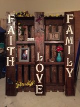 wooden hand made crafts in Fort Polk, Louisiana