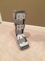 Aircast Foam Walking Boot in Glendale Heights, Illinois