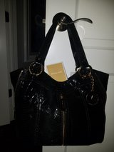 Michael Kors Black Leather Handbag in Lockport, Illinois