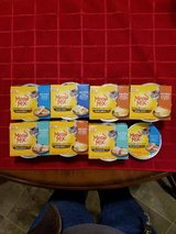 MEOW MIX SIMPLE SERVINGS WITH REAL MEAT AND GRAVY (14 servings) in Fort Campbell, Kentucky
