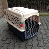 Dog travel kennel in Grafenwoehr, GE