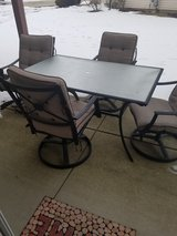 Patio chairs and table in Naperville, Illinois