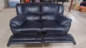 Leather Loveset recliners in Naperville, Illinois