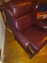 Leather Recliner in Hopkinsville, Kentucky