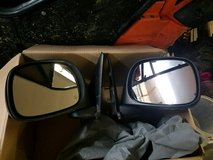 Mirrors come off 04 dodge ram 1500 power and heated in Cadiz, Kentucky