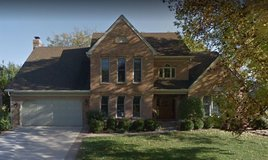 924 Whitewater Lane, Naperville in Glendale Heights, Illinois