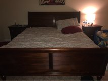 King Cherry Wood King Bedroom Set in Tacoma, Washington