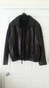 Leather Jacket, with zipper insulated liner in Fort Campbell, Kentucky