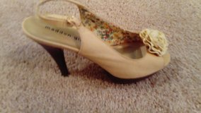 MADDEN GIRL CAMEL PLATFORM SLINGBACK HIGH HEEL SIZE 9 EXCELLENT CONDITION WORN ONLY A FEW TIMES in League City, Texas