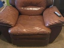 Need furniture(chair) delivered in Hampton, Virginia