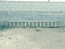 Werner 28 ft extension.ladder with cable Hook and V- rung assembly in Alamogordo, New Mexico