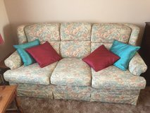 Floral Pattern Couch in Lakenheath, UK