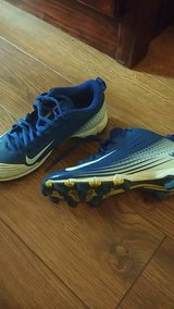 Nike Boys Baseball Cleats Size 2 Youth in Eglin AFB, Florida