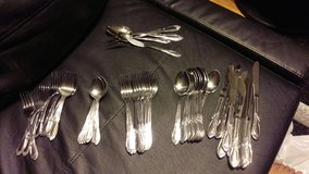 46 Piece Silverware Set in Schaumburg, Illinois