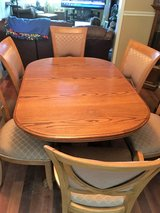Beautiful solid oak table with 6 chairs in Fort Knox, Kentucky