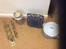 VARIOUS VINTAGE ITEMS in Lakenheath, UK