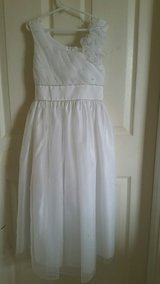 Girls First Holy Communion Dress size 8 (like new) in Naperville, Illinois