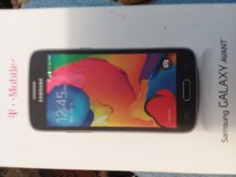 Samsung galaxy avant T mobile cell phone like new in Camp Lejeune, North Carolina