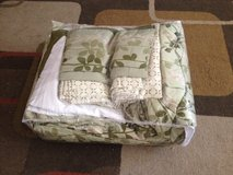 Queen size bed set in a bag in 29 Palms, California