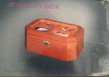 Pretty late sized jewelry Box. Unopened in Pasadena, Texas