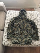 USMC MARPAT Gortex Jacket (Uniform) Small Reg in Quantico, Virginia