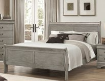 "INVENTORY SALE! GREY FINISHED "" SOLID WOOD"" URBAN QUEEN BEDFRAME in Camp Pendleton, California"