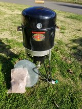 brinkmann all in one grill smoker fryer in Fort Campbell, Kentucky