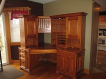 Oak Desk in Aurora, Illinois