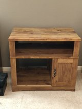Small Wood TV Table Bookcase Stand Shelf in Spring, Texas