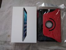 Ipad mini 1GEN and Case cover in Fort Campbell, Kentucky